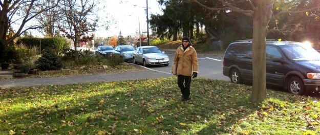 Dan Rubinstein walking to my house on the morning of 13 November 2013.